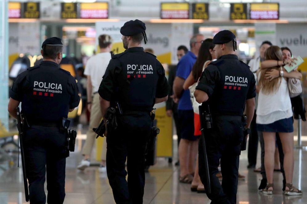 Foto: Los huelguistas aplazan los paros hasta nuevo aviso. (EFE)