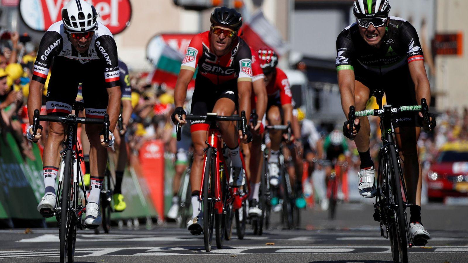 Foto: Otro final de 'foto finish'. (Reuters)