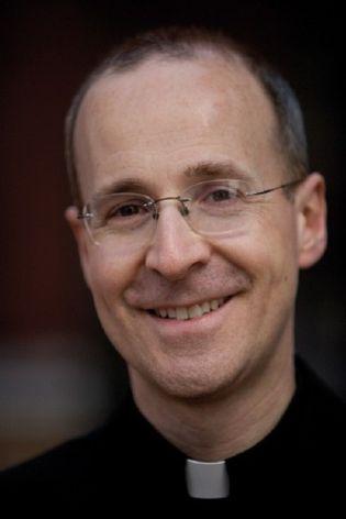 Foto: De financiero deprimido a sacerdote feliz: la historia de James Martin