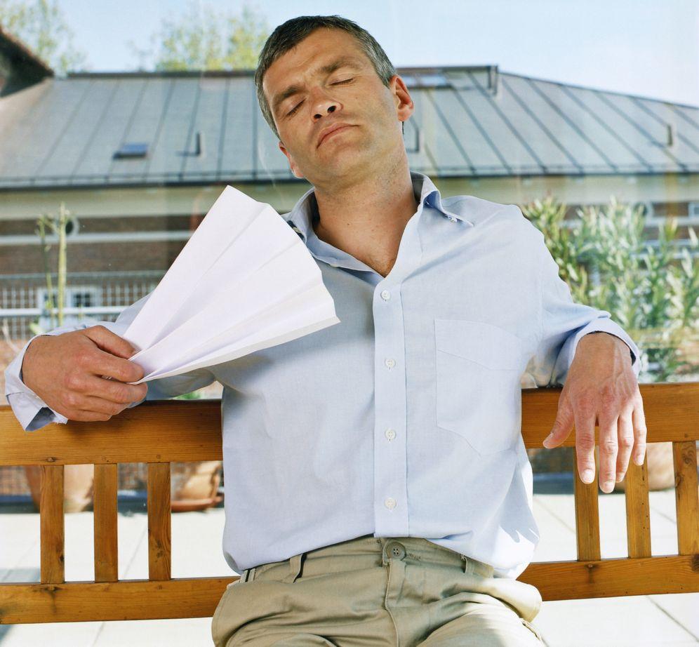 Foto: La deshidratación tira de nuestros niveles de energía y hace que nos sintamos agotados. (Corbis)