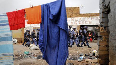 El Mundial de F1 se pone en marcha y xenofobia en Johannesburgo: el día en fotos