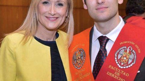 Javier Aguilar, el hijo de Cristina Cifuentes, se hace mayor