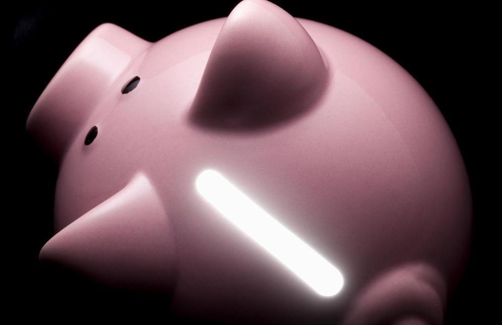 Foto: Y se hizo la luz, pero para tu economía doméstica. (iStock)