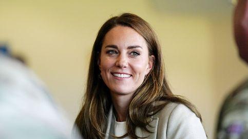 El look de perfil bajo de Kate Middleton para su vuelta al trabajo