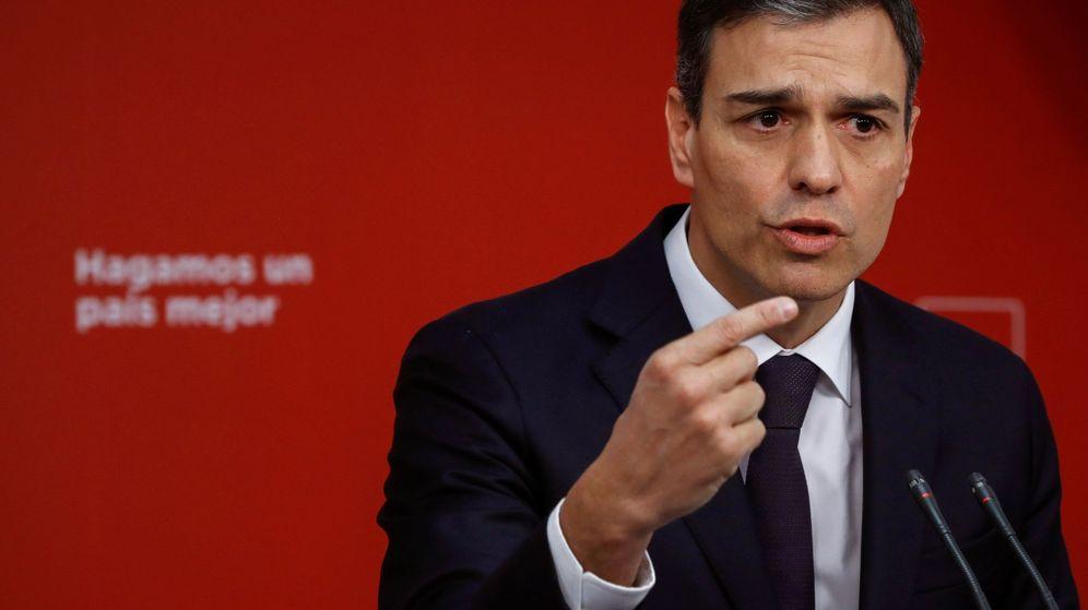 Foto: El líder del PSOE, Pedro Sánchez, en rueda de prensa. (EFE)