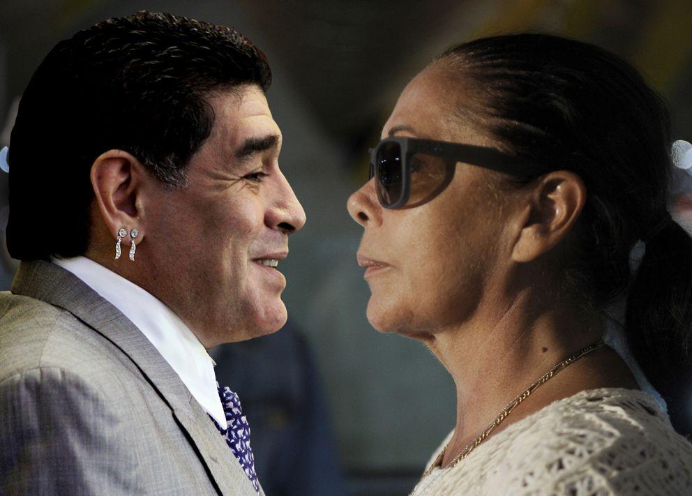 Foto: Diego Maradona e Isabel Pantoja en un fotomontaje (Gtres)