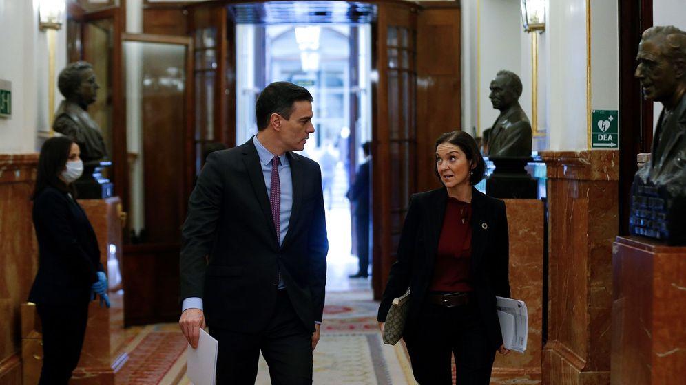 Foto: Pedro Sánchez y Reyes Maroto, en el Congreso de los Diputados. (EFE)