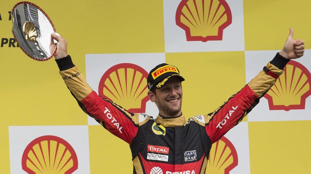 Foto: Romain Grosjean celebra su tercer puesto en el Gran Premio de Bélgica (Reuters)