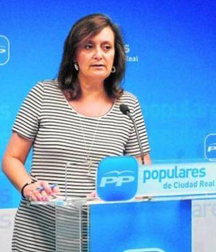 Foto: Una diputada regional destituye a una compañera del PP para cobrar su sueldo