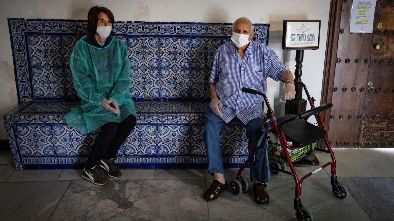 Sanidad suma un fallecido más al total y los contagios vuelven a caer con 177 en 24 horas