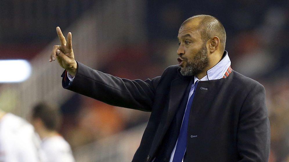 Foto: Nuno prorrogó su contrato con el Valencia hasta junio de 2018
