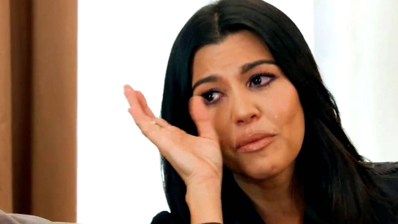 Kourtney Kardashian llorando por su marido.