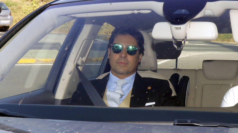 Foto: Francisco Rivera a su llegada a la boda de su hermano Kiko (Gtres)