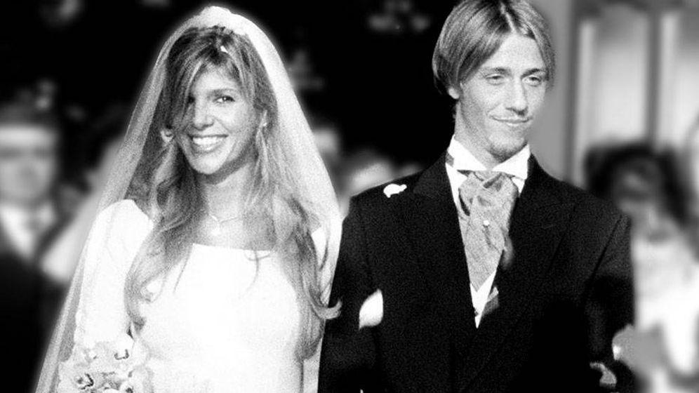 Foto: Arancha de Benito y Guti, el día de su boda en Los Jerónimos, en 1999. (EFE)