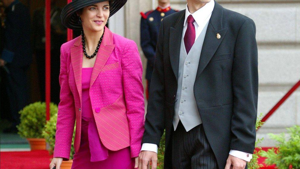 Así es la mujer diplomática de Pedro Duque, ministro de Ciencia, Innovación y Universidades