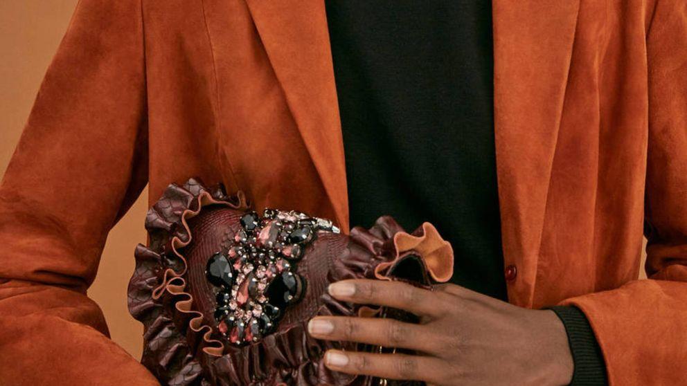 El nuevo bolso de fiesta de Uterqüe, además de ser un dos por uno, te traslada al salvaje Oeste con mucho estilo