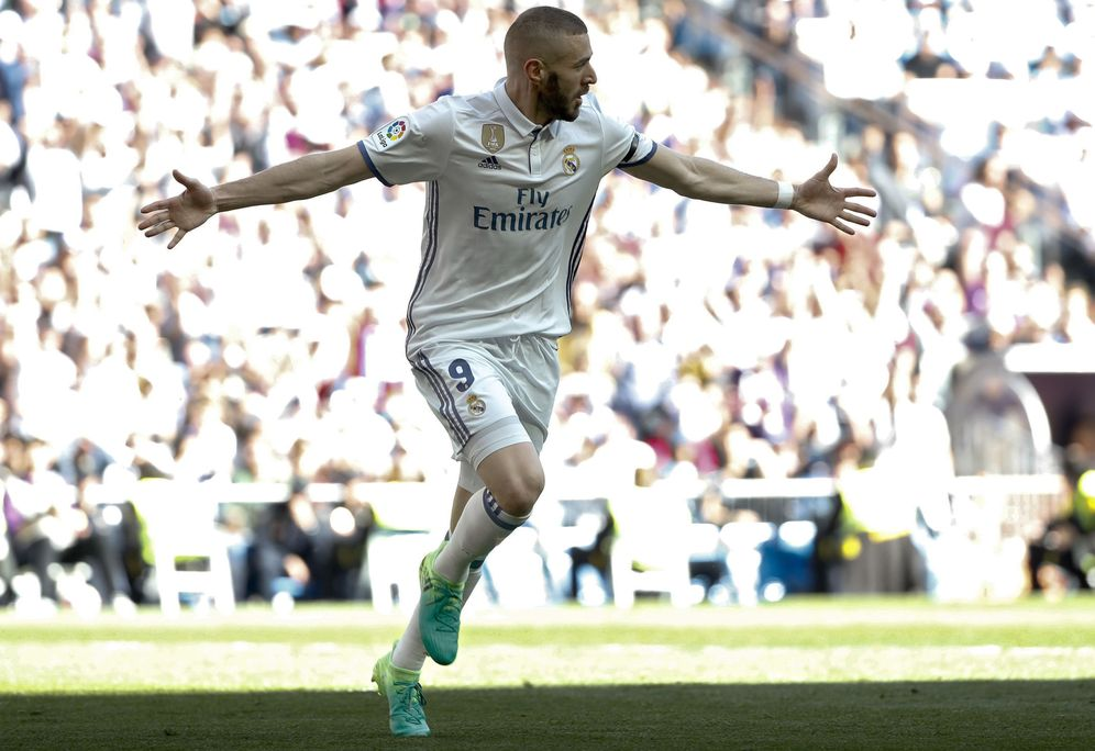 Foto: Benzema es el jugador más en forma de la delantera madridista. (EFE)