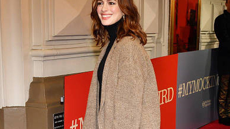 Apuesta al rojo, por motivos del guion, Anne Hathaway.