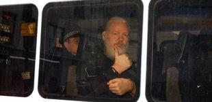 Post de Scotland Yard arresta a Assange por una orden de extradición de Estados Unidos