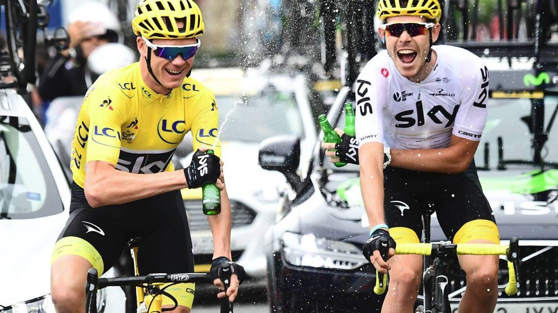 Foto: Chris Froome celebrando su cuarto Tour de Francia. (Foto: @LeTour)