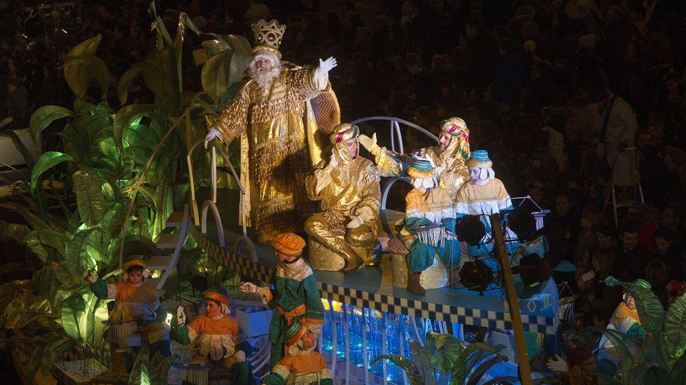 Foto: La cabalgata de los Reyes Magos de 2017 en Barcelona | Foto: EFE