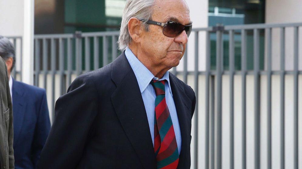 Foto: El expresidente de Bankinter Jaime Botín llega al juzgado de lo penal número 27 de Madrid. (EFE)