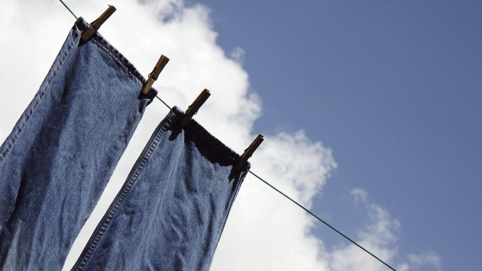 Esta es la mejor forma de lavar unos vaqueros