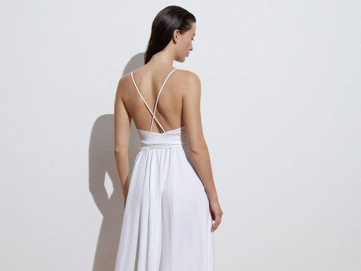 Foto: Vestido de novia para ceremonia informal de Oysho. (Cortesía)
