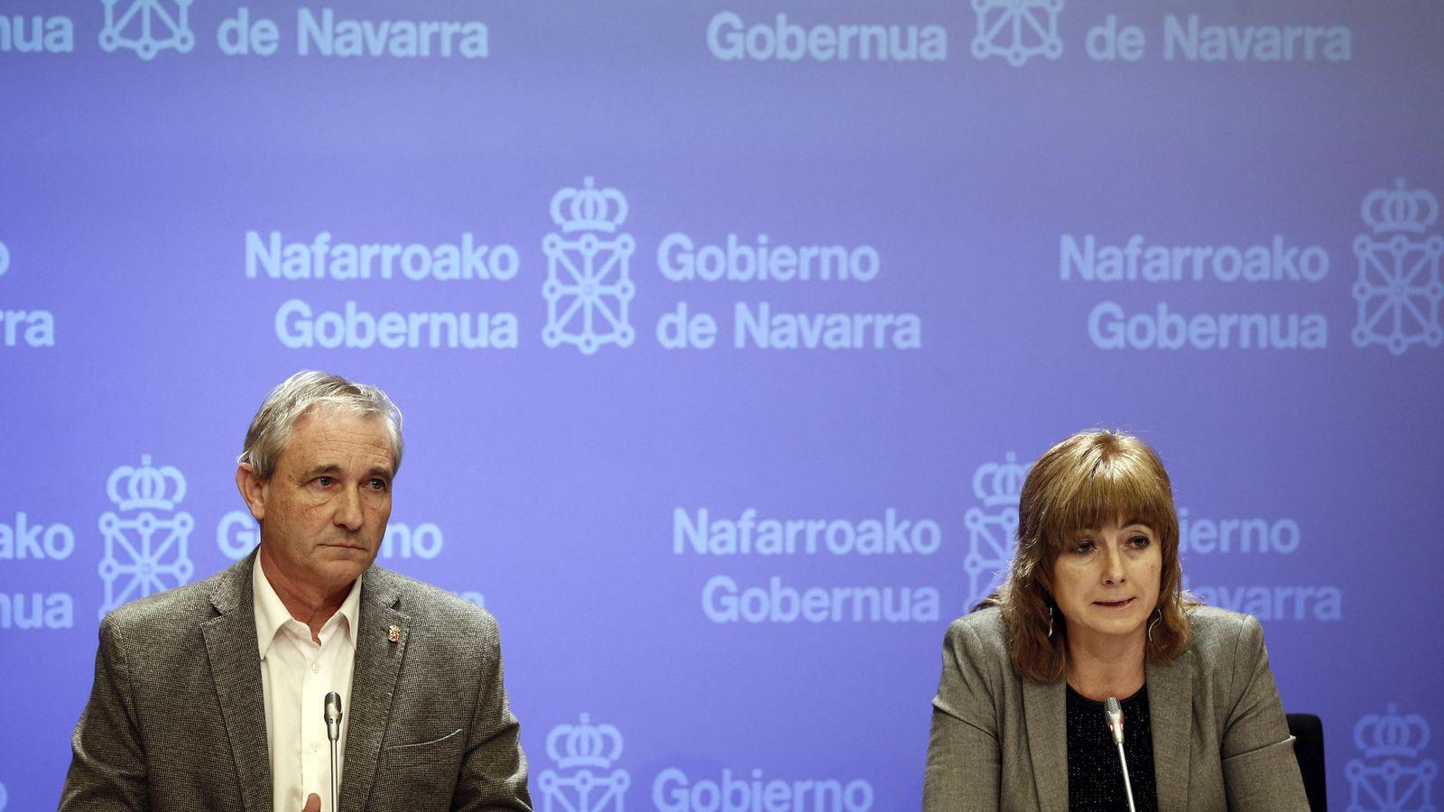 Foto: La portavoz del ejecutivo foral, Ana Ollo, y el Consejero de Hacienda y Política financiera, Mikel Aranburu. (EFE)