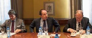 Foto: El Gobierno pacta con el viejo PSOE la Estrategia de Seguridad Nacional