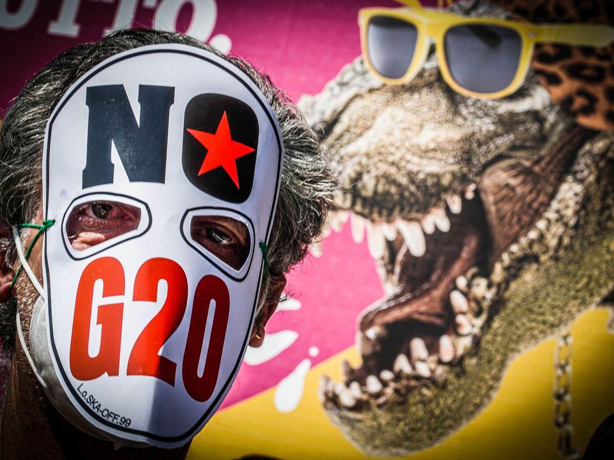 Foto: Protestas contra la reunión de los ministros de energía, clima y medioambiente del G20 en Nápoles. (EFE)