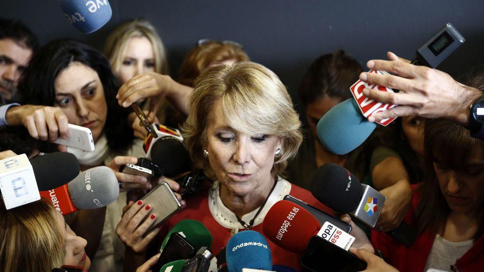 Foto: Esperanza Aguirre llora al ser preguntada por las detenciones de la operación Lezo. (EFE)