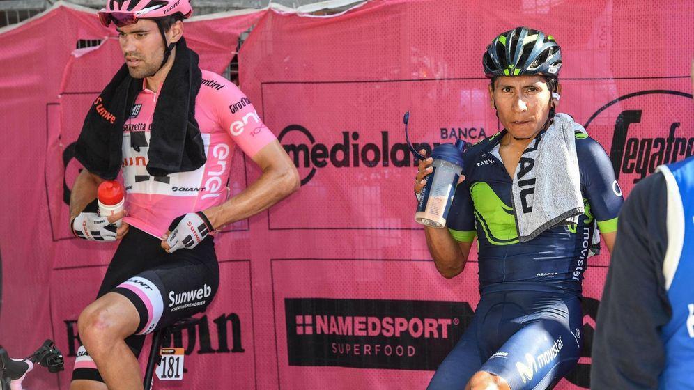 Foto: Tom Dumoulin (i) y Nairo Quintana (d) tras la etapa de este jueves en el Giro de Italia. (EFE)