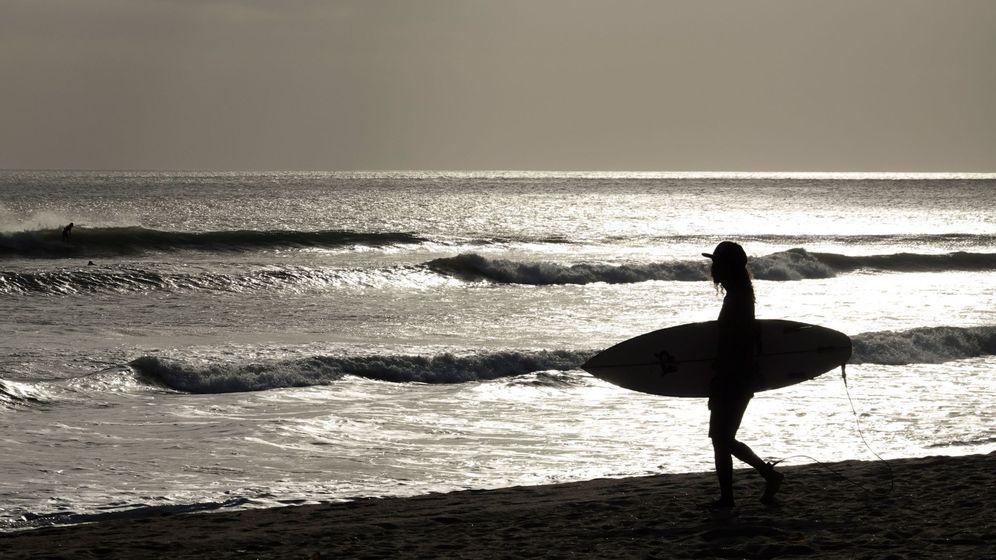 Foto: Un verano atípico en las playas españolas. (EFE)