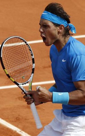 Nadal sufre, Almagro pierde y Djokovic debuta hoy ante Hanescu