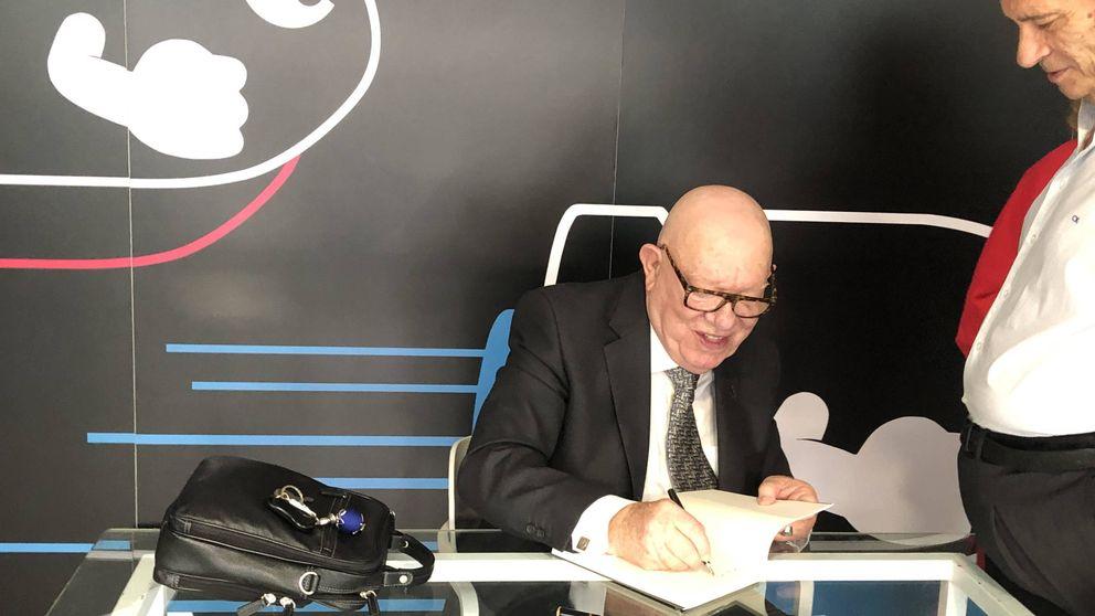 El hermano párroco de Villarejo presenta sus memorias: Estoy orgulloso de él