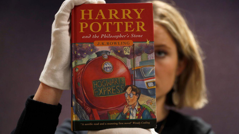 Foto: Una de las primeras copias de Harry Potter y la Piedra Filosofal