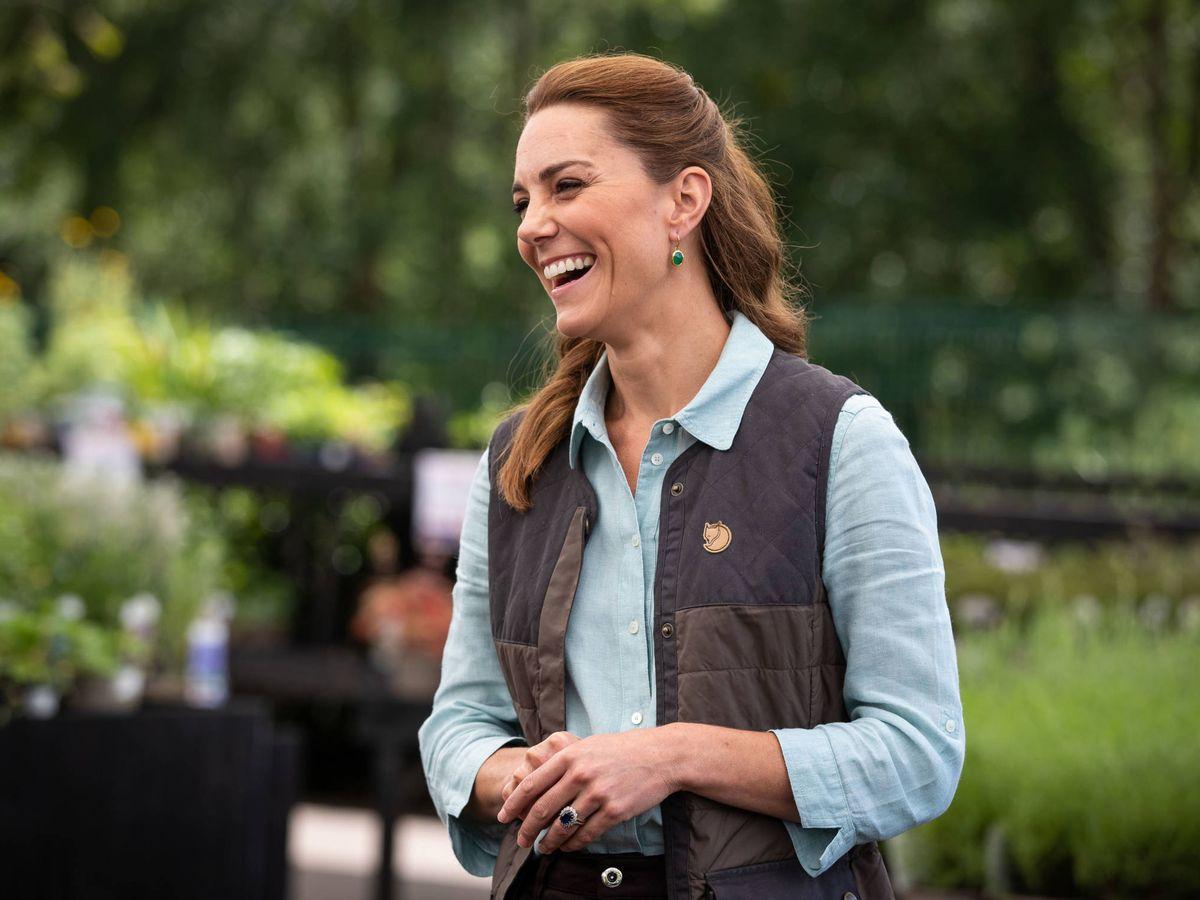 Foto: Kate Middleton, con su nuevo look en el Garden Centre de Norfolk. (Getty)