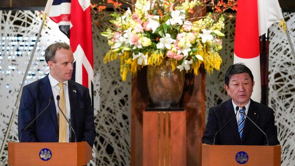 Foto: Ministros de Exterior de Reino Unido y Japón (Reuters)