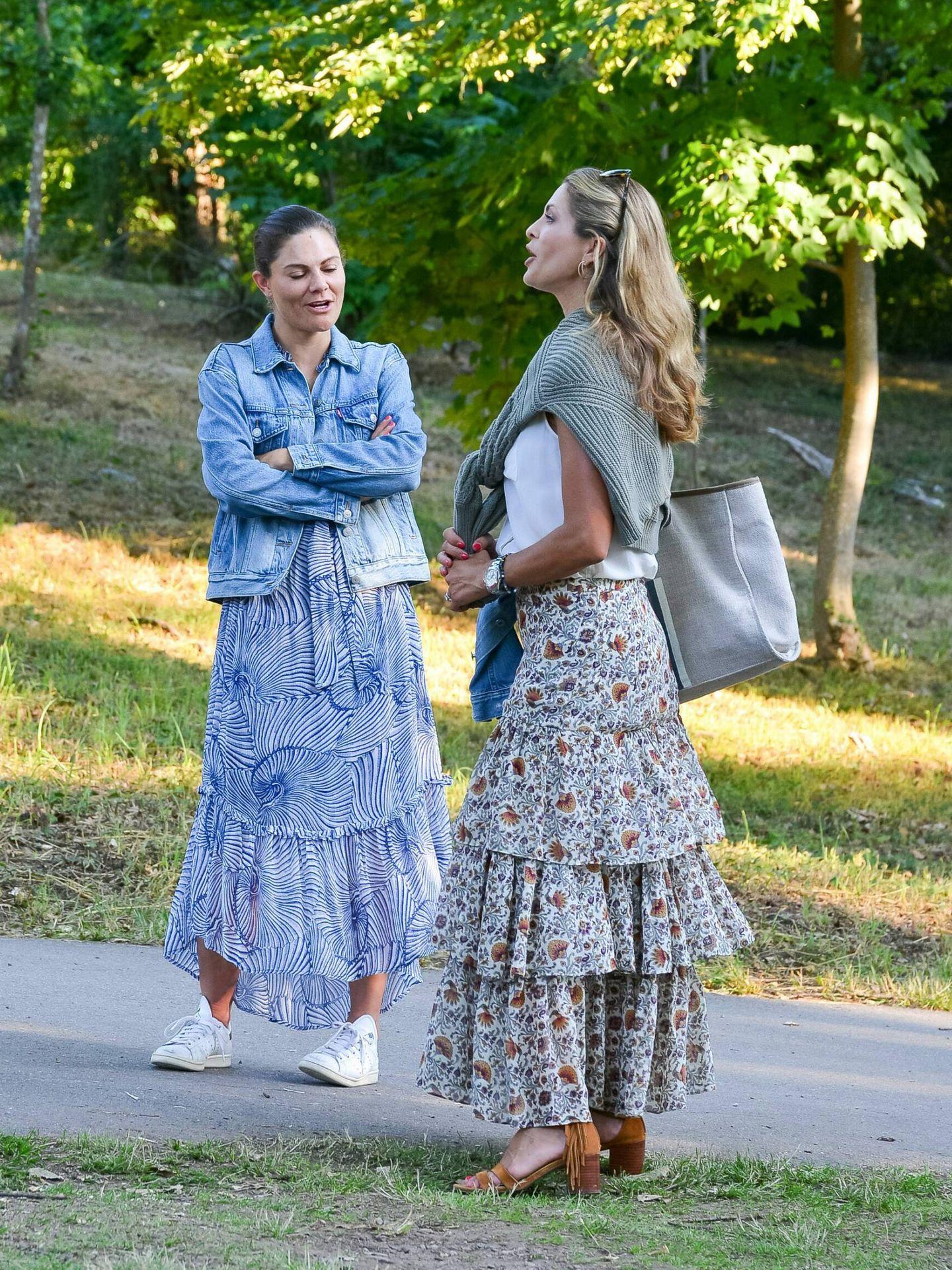 Victoria y Magdalena de Suecia, en Solliden hace unos días. (Cordon Press)