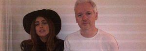 Lady Gaga visita al fundador de WikiLeaks, Julian Assange