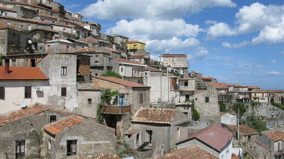 Foto: Casas a 1 euro y libre de covid-19: la oferta de un pueblo de Italia para repoblarse. (CC/Wikimedia Commons)