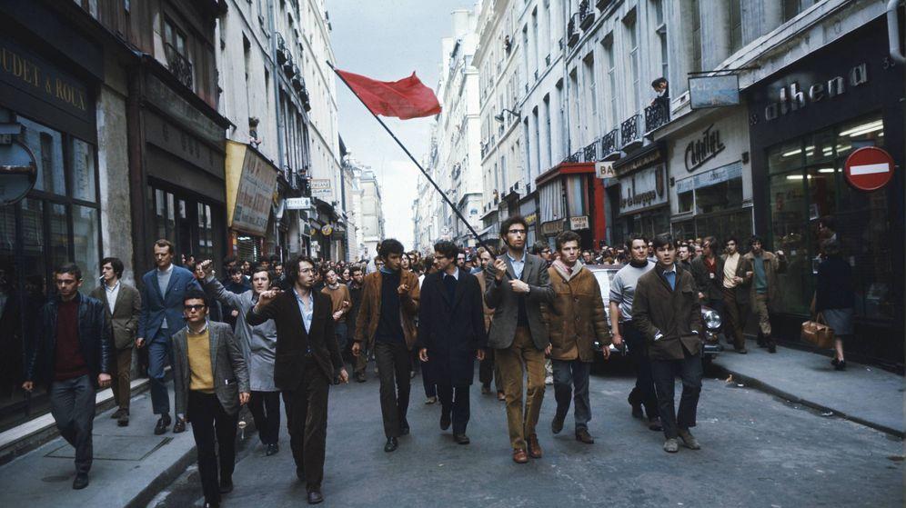 Foto: Manifestación de estudiantes del 6 de mayo de 1968, que derivó en enfrentamientos con las fuerzas del orden. (Getty Images)