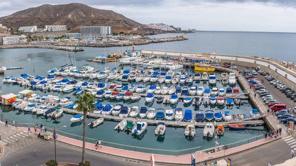 El último regalo de Coalición Canaria: alarga la concesión de puertos vip contra Fomento