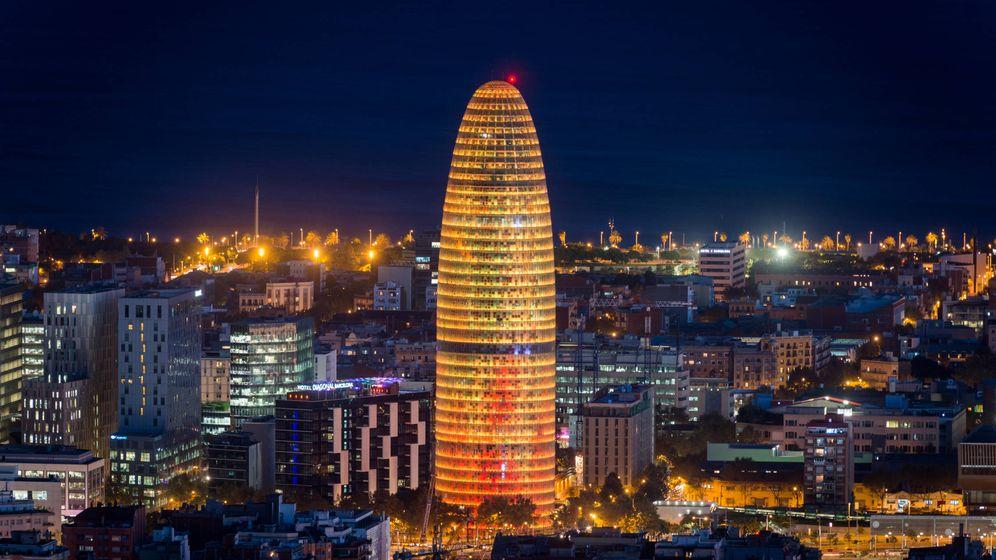 Foto: Torre Agbar, que fue adquirida por Merlin Properties.