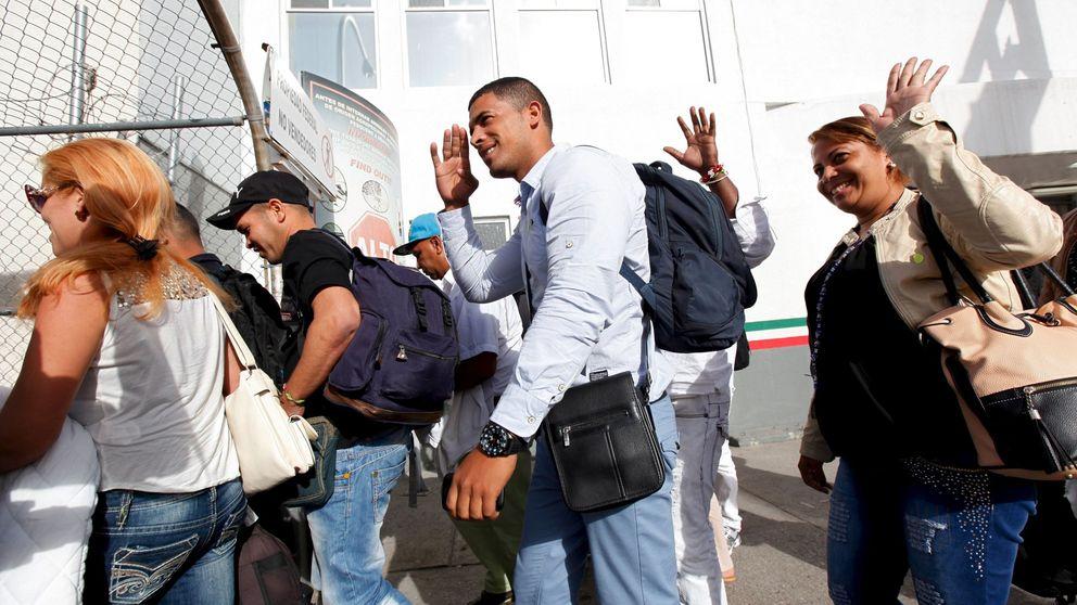 Un nuevo operativo trasladará a cubanos desde Panamá a México la próxima semana