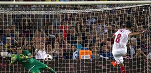 Post de El Camp Nou jalea a Claudio Bravo, pero ya es muy tarde para evitar su fuga