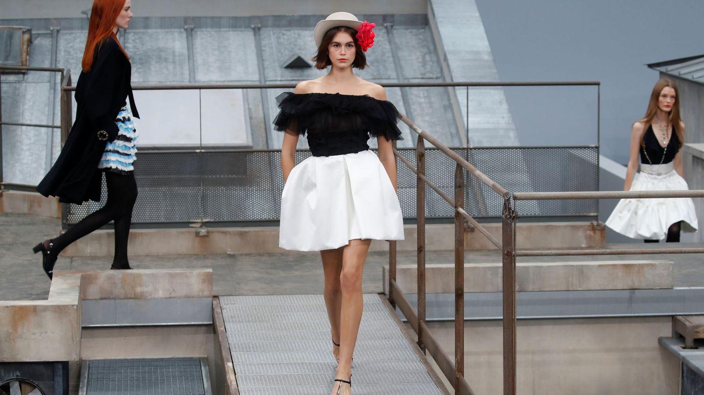 Kaia Gerber, en el último desfile de Chanel. (Reuters)