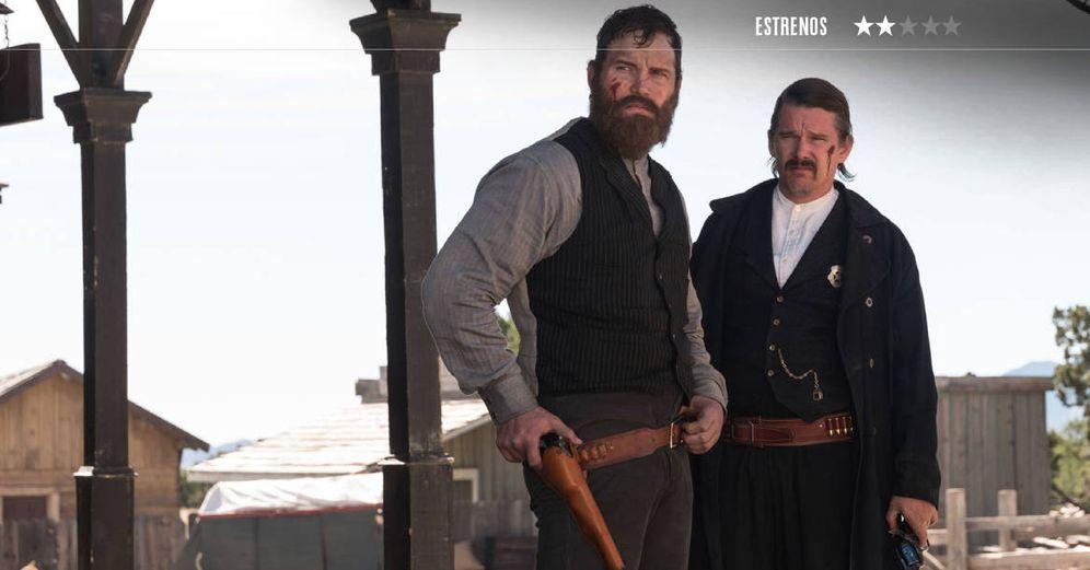 Foto: Chris Pratt y Ethan Hawke son Grant Cutler y Pat Garrett en 'Sin piedad'. (DeAPlaneta)