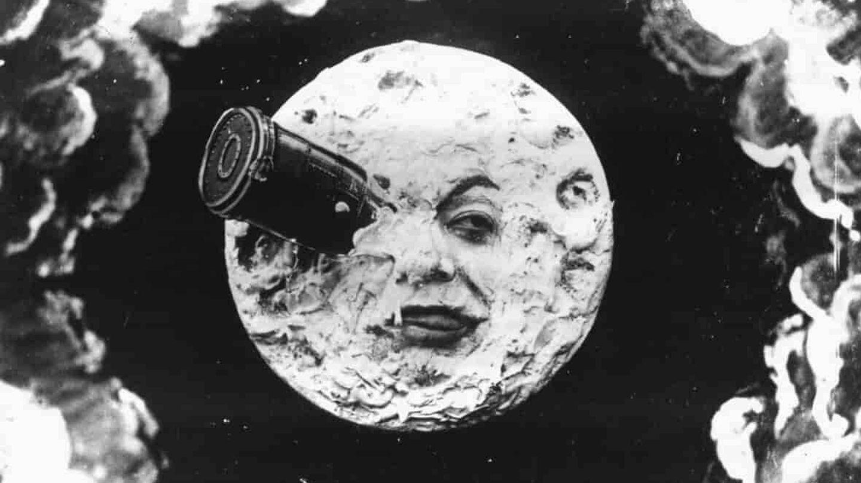 Fotograma de la película 'Voyage dans la lune'